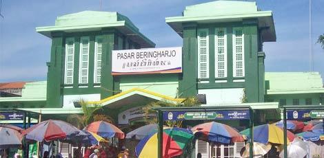 Pasar-beringharjo-pusat-tempat-wisata-belanja-murah-di-malioboro-yogyakarta