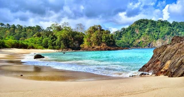 Pantai Rajagwesi